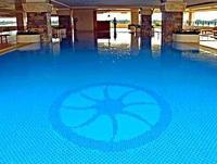 Don Chan Palace Hotel swimming pool