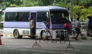 Shuttle bus at Lao-Thai Friendship Bridge #1