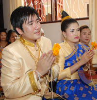 Laos Wedding - bride and groom