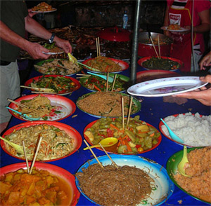 Luang Prabang night market - Buffet Food