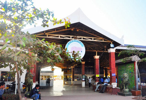 travel by bus, southern bus terminal in Vientiane