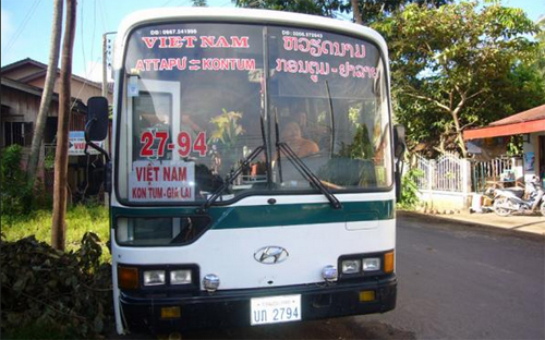 Laos-Vietnam bus