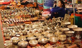 Luang Prabang night market Silver stall