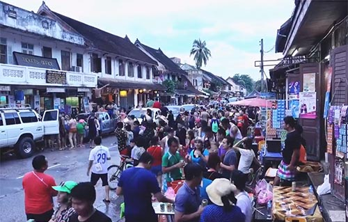 A crowd - Lao New Year