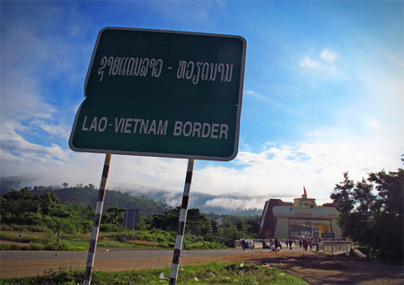 Laos-Vietnam sign post